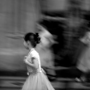 girl-in-cathedral