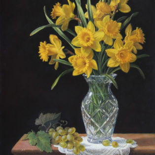 Nuss_Daffodils-in-Crystal-Vase_24x18_oil-on-linen