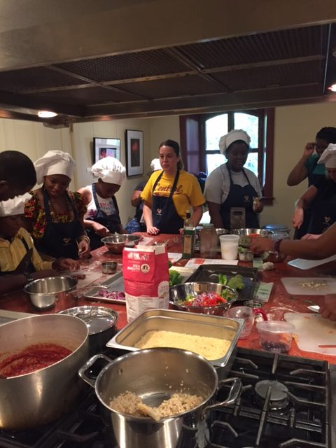 Families Get Cooking at Hill Center